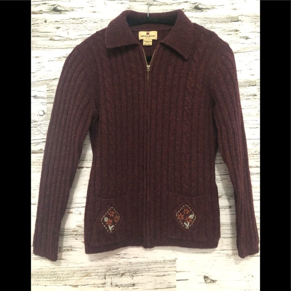 WOOLRICH black cherry 100% wool zip up sweater